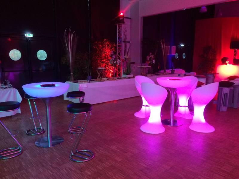 location de table haute lumineuse au havre